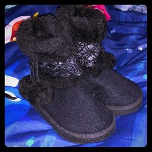 🌻Circo size 6 baby kids boots